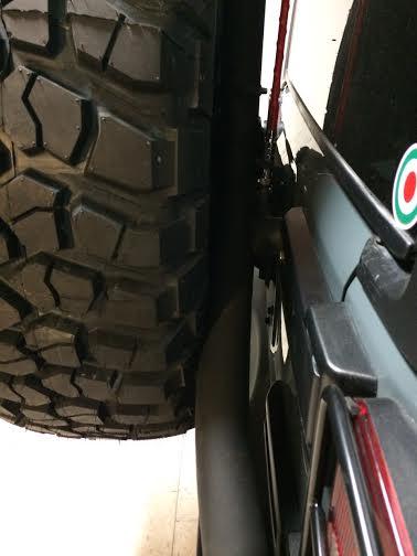 cancello porta ruota jeep jk foto 2