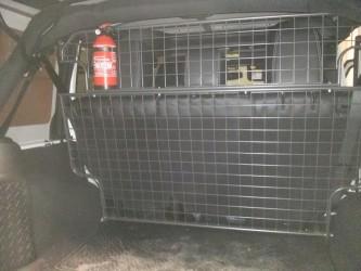 rete divisoria per cani jeep jk foto 2