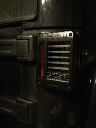 fari posteriori a led jw speaker jeep jk foto 5