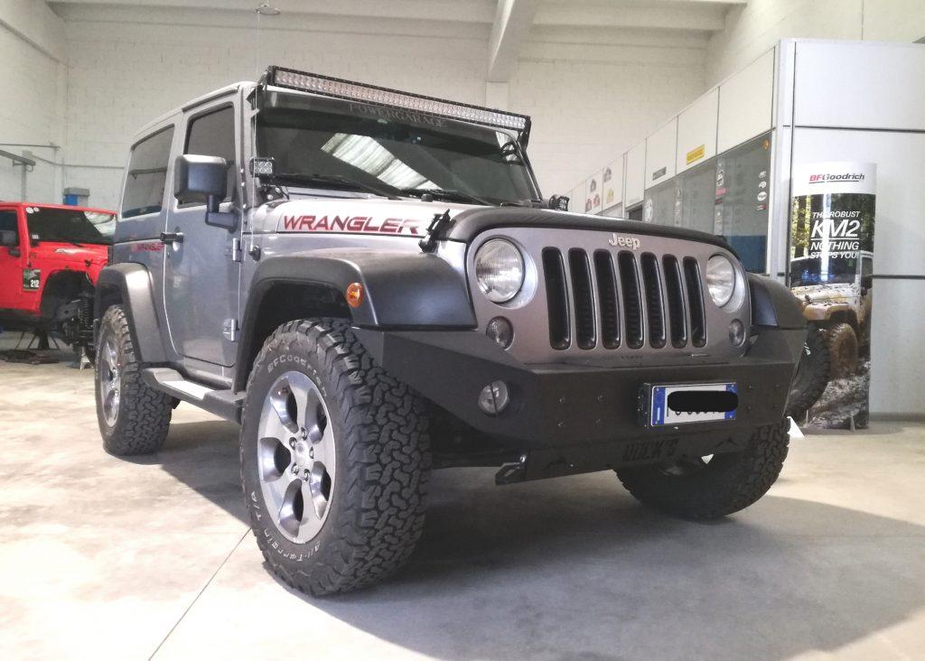 paraurti-anteriore-base-jeep-jk-omologabile