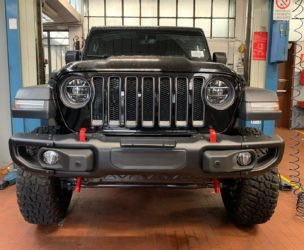 paraurti anteriore jeep wrangler JL 2