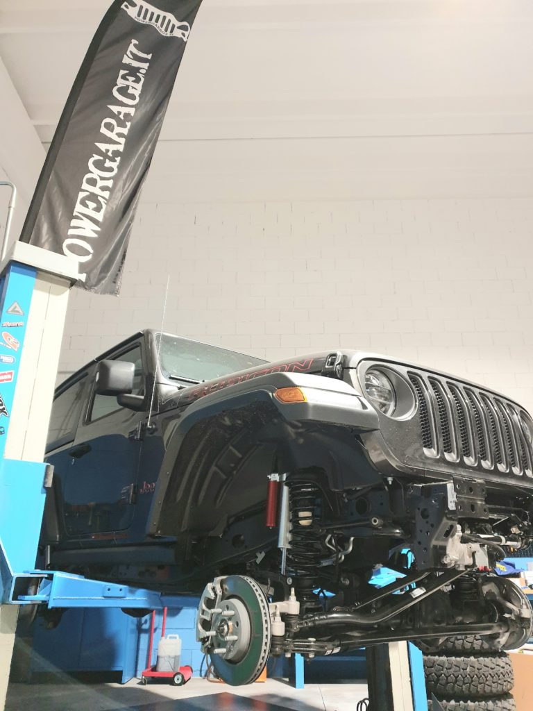 ammortizzatori regolabili jeep wrangler jL montati