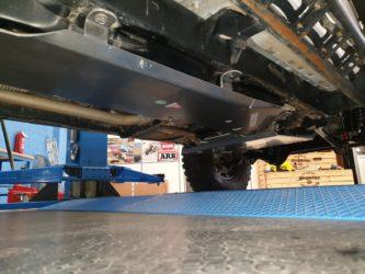 piastra protezione serbatoio jeep wrangler jk 3