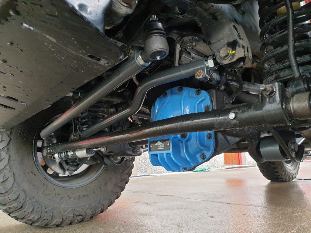barra panhard anteriore regolabile synergy jeep wrangler JL montata