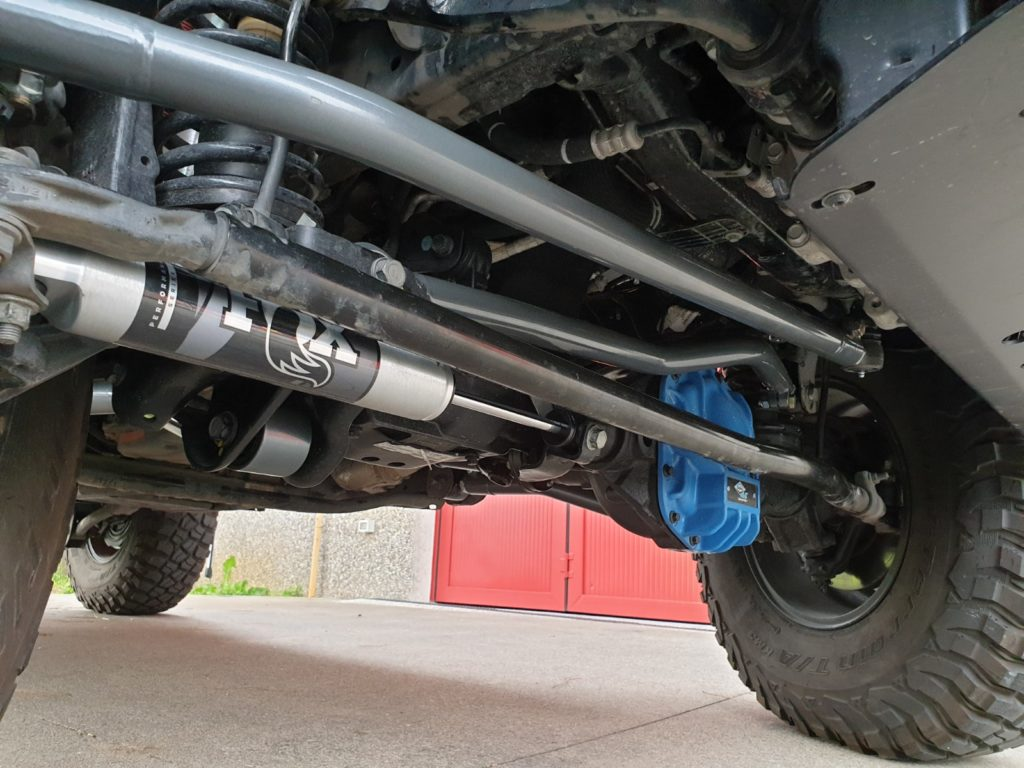 barra sterzo rinforzata synergy jeep wrangler JL laterale
