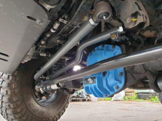barra sterzo rinforzata synergy jeep wrangler JL montata