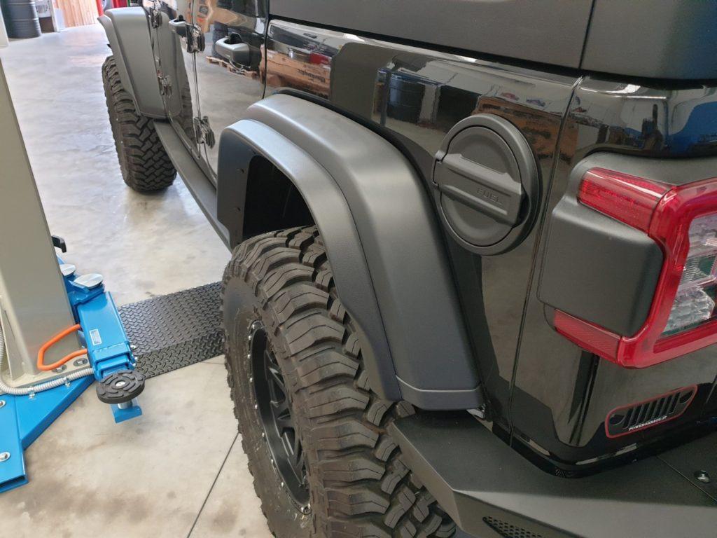 allargamento parafanghi jeep wrangler JL posteriori